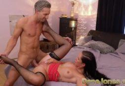 Fotos sexo morena safada transando de quatro