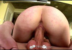 Contos de sexo empregada rabuda cavalgando no pau de seu chefe